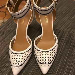 Nine West Shoes - Nine West white black ankle straps